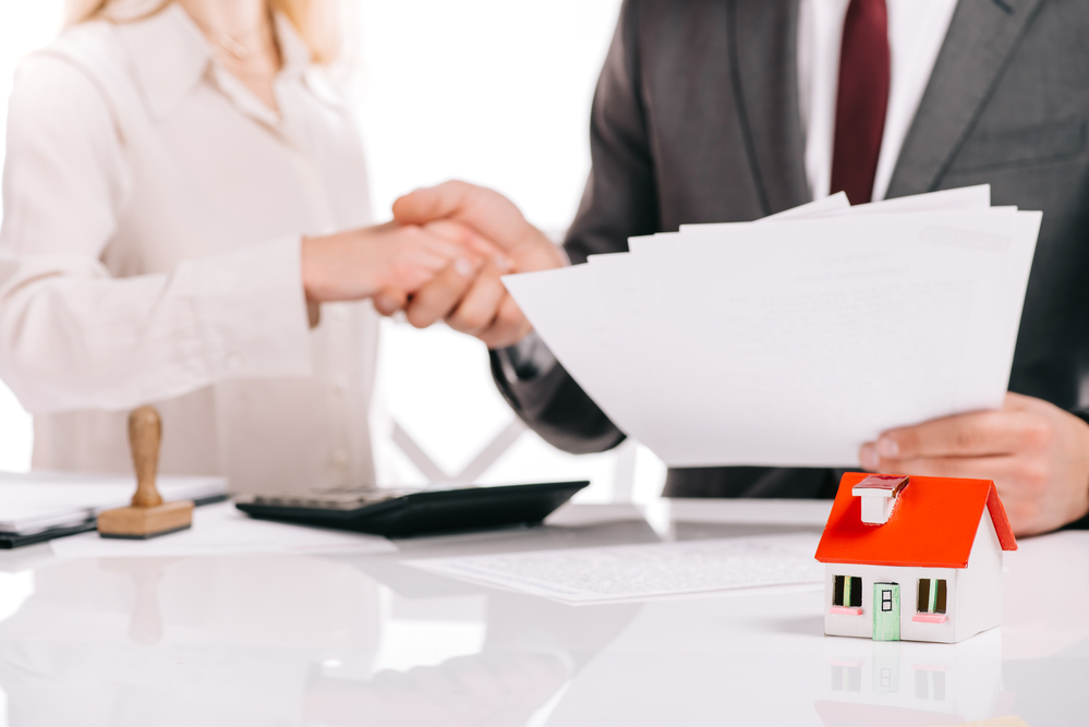 How Mortgage Brokers Help First Home Buyers